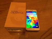 Samsung Galaxy s5 - 16Gb Storage - Factory unlocked to all networks