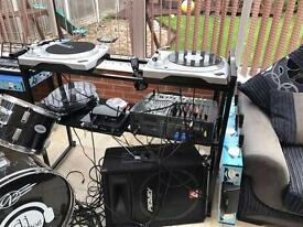 2 x Newmark turntables,amp,mixer and speakers
