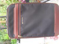 Samsonite small wheeled suitcase