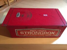 Strongbox Floorboard safe