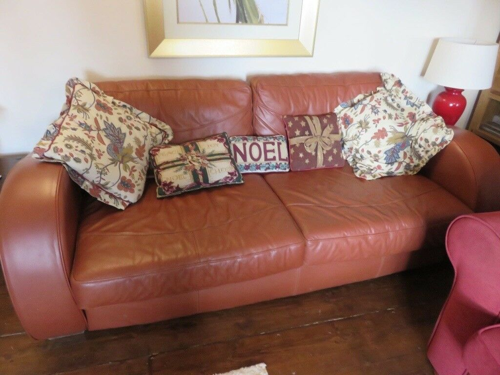 Tan leather 3 seater settee