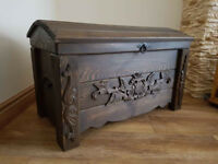 DECORATIVE WOODEN CHEST / TRUNK
