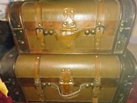 Antique leather set of 2 cases