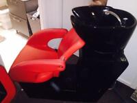 Salon backwash and matching chair