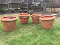 Large Plastic plant pots £5 each