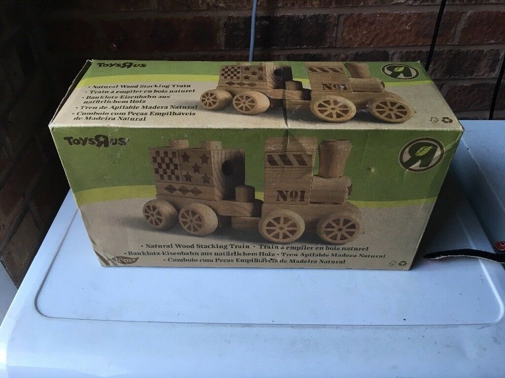 Large Wooden Toy Train From Toys R Us In Redditch Worcestershire Gumtree