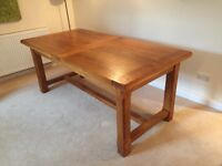 Beautiful Solid French oak farmhouse refrectory table. Extendable to seat 12 people!