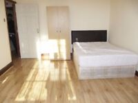 Three Double and One Single Rooms Available in Terraced House In Ilford, Westbury Road,