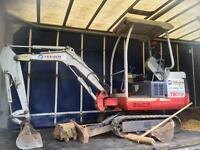 Takeuchi tb14 year 2006 mini digger one and half tone with 3 buckets
