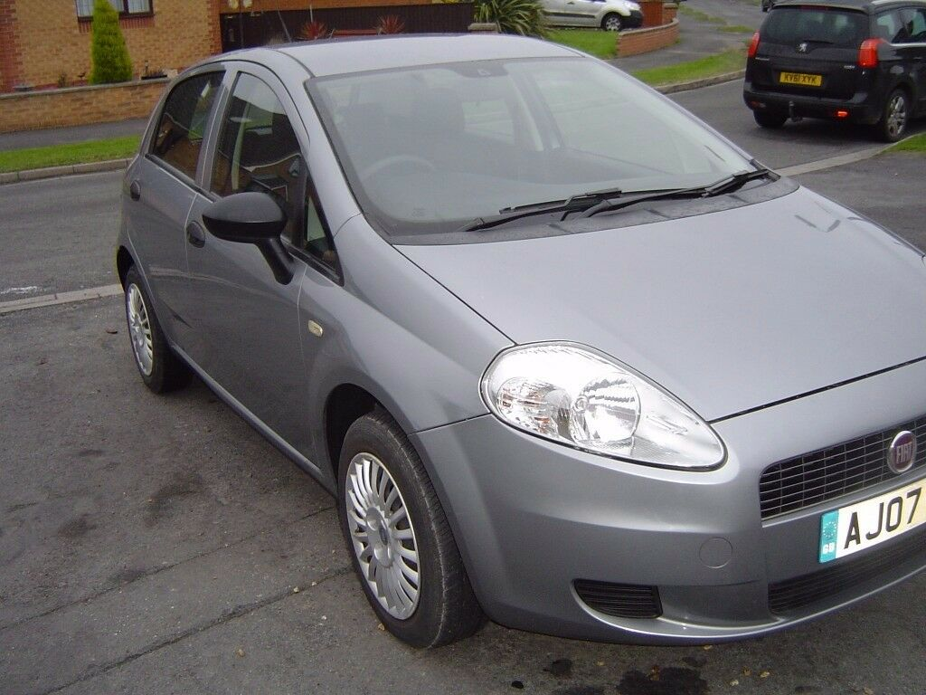 Fiat Punto 1 2 Petrol 07 2007 In Holton Le Clay