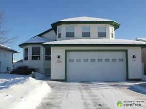 $435,000 - Raised Bungalow for sale in Edson