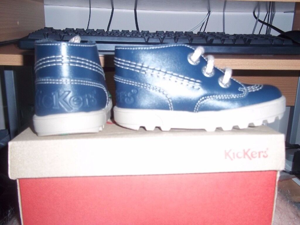 BNIB Kickers Disley Hi Infants C6 Shoes/Boots Navy #Less than 1/2 Price#