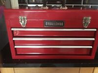 Challenge tool box with draws. Very good condition