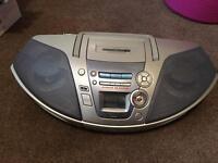 Panasonic RX-ES27 Cassette/CD Boombox