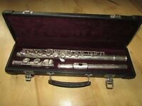 Yamaha 221 Flute in Case Made in Japam