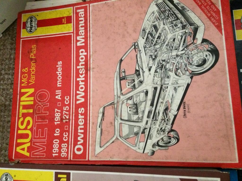 Various Haynes 🚗 car manuals for sale