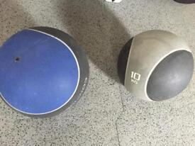 Medicine ball 8 and 10kg