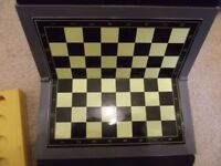 TRAVEL GAME - DRAUGHTS
