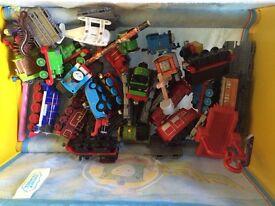Thomas play set, extra track & metal trains