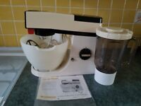 Kenwood Heavy Duty Vintage Chef Mixer, with blender, 3 attachment and instructions,