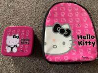 Hello kitty luch bag and matching plastic sandwich box - great condition