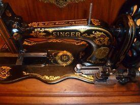 Antique Singer sewing Machine MODEL 12