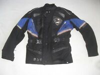 LOOKWELL PERFORMANCE TOP GEAR, WIND & WATERPROOF CARBON TECH BIKER JACKET WITH PROTECTION