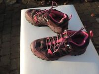 Ladies walking shoes/trainers size 5/38. The North Face. pink , purple. Hardly used.