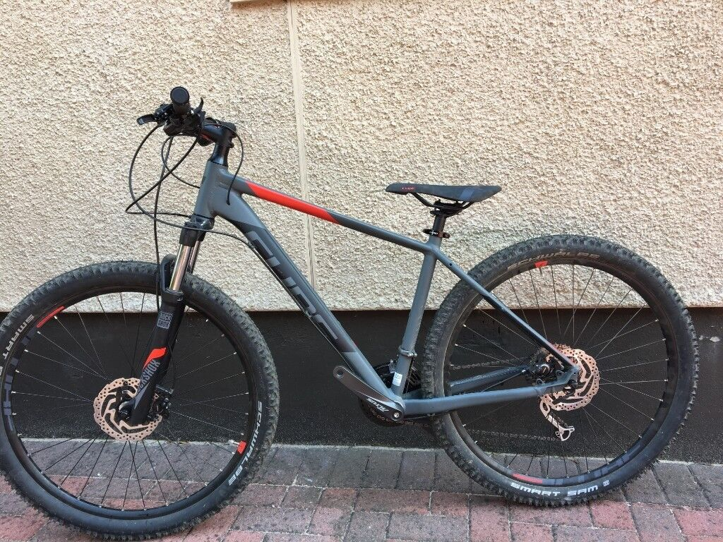 "fceb52ebd87 MTB 2018 Cube Analog 27.5"" HardTail Mountain Bike + FREE £155 Accessories"