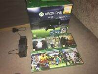 Xbox one Bundle - 2 controllers / 6 games & charging dock
