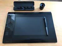 Wacom PTK-640 tablet medium size with pro pen