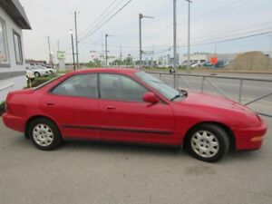 1994 Acura Integra RS automatique 4 portes financement  visa mas
