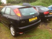 Ford Focus 1.8 petrol breaking spare parts
