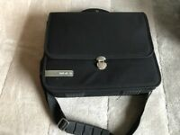 TECH AIR QUALITY PADDED LAPTOP BAG / CASE