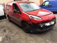 63 reg peugeot partner 750s Lwb salvage repairable cat c NO VAT