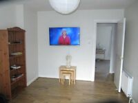Fully furnished 2 Bedroom Flat with parking in central location in Charlotte Street