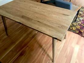 Dining table - 6 ppl - Oak - hand crafted