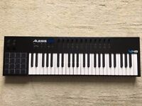 Alesis VI49 49-Key USB MIDI Keyboard Controller, 16 Pads, 12 Assignable Knobs, 36 Buttons