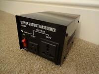 GOLDSOURCE ST-300 300 WATT STEP DOWN/UP VOLTAGE CONVERTER brand new, never been used