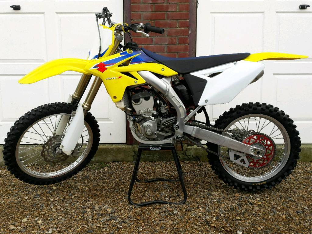 2009 suzuki rmz 250 motocross original bike rmz250 450. Black Bedroom Furniture Sets. Home Design Ideas