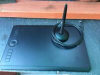 Wacom Intuos Pro PTH-660