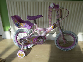 "BEAUTIFULL LITTLE GIRLS BIKE, 14"". ""DISNEY PRINCESS"".EXCELLENT CONDITION. COMPLETE WITH STABLIZERS."