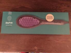 Dafni Hair Straightening Ceramic Brush