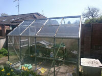 8 ft x 6 ft aluminium Greenhouse. No damage, complete with assembly instruction book
