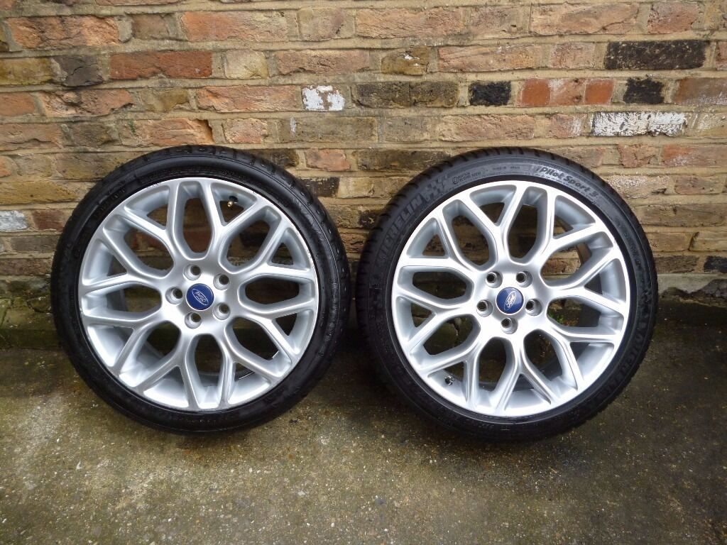 2 genuine 2015 ford focus 18 inch borbet alloy wheels and tyres great condition in new cross. Black Bedroom Furniture Sets. Home Design Ideas