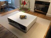 White Made coffee table