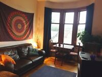 Room Available in 2 bedroom Flat - Dumbarton Road
