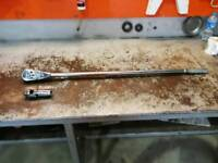 Snap on 3/4 long arm ratchet and knuckle head