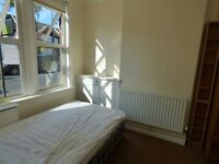One Double Room left to Rent in 5 Bedroom Student house in Dunkirk all bills included