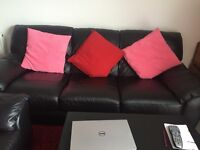 3 Seaters Leather Sofa BLACK- Used But Looks Brand New-Bought For £1299.99 in 2016!
